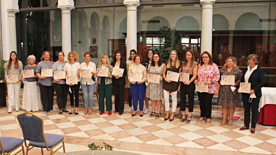 Homenaje al trabajo de 17 mujeres para al desarrollo de sus pueblos en Nororma