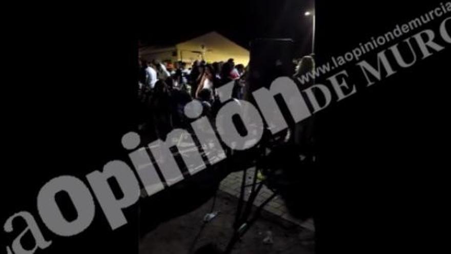 La Policía Local disuelve una fiesta multitudinaria en Murcia