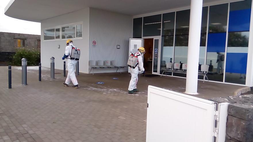 Desinfección en espacios públicos en Lanzarote para atajar el coronavirus