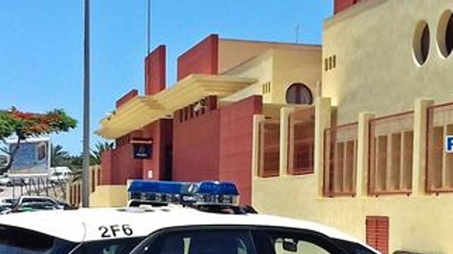 Cuatro detenidos por tráfico de droga en una vivienda de Costa Adeje