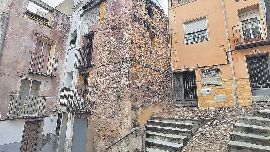 Casi 50.000 edificios de Castellón se exponen a multas de 6.000 euros