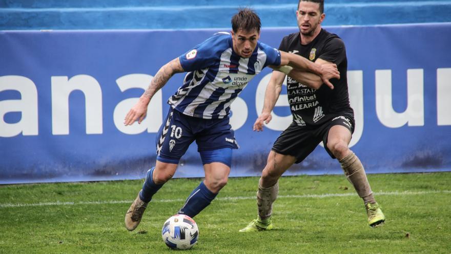 El Alcoyano se complica en El Collao el acceso a la nueva Liga Pro
