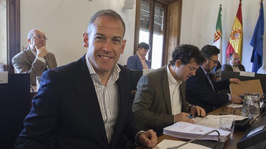 Aguilera estudia recurrir la sentencia y el PSOE pedirá una ejecución provisional