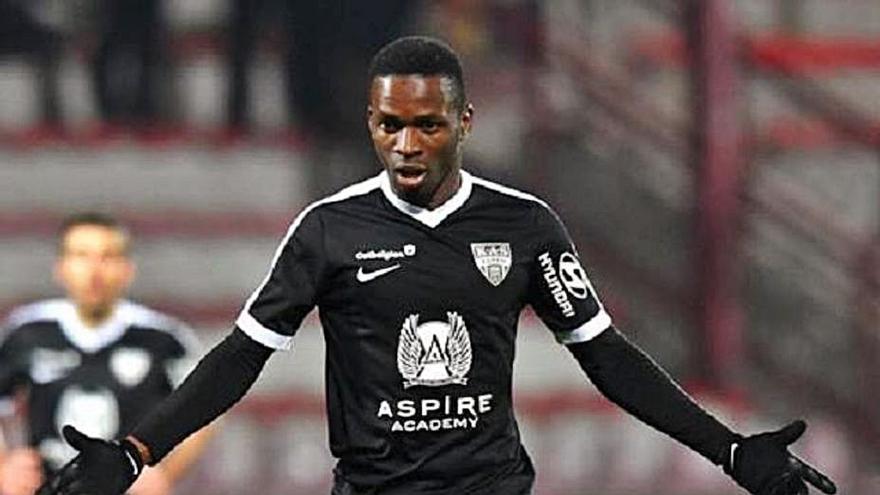 """Koné, opción para el """"9"""" del Sporting"""