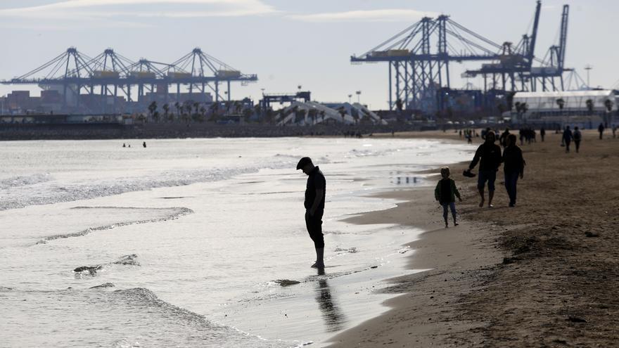 Tiempo en València: La entrada de aire frío deja temperaturas hasta diez grados más bajas