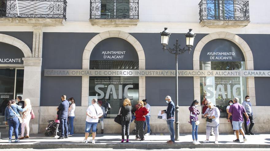 Compromís reclama medidas para evitar el colapso de los servicios municipales en la segunda ola