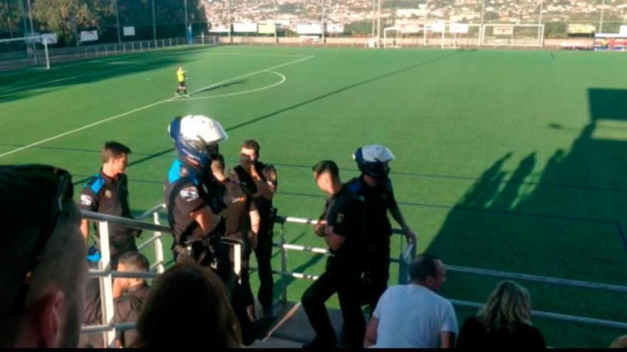 Violencia en el fútbol regional: identificados dos aficionados del Tyde por insultos al árbitro y a los contrarios