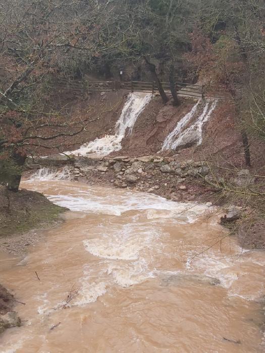 L'aigua a les Coves del Toll