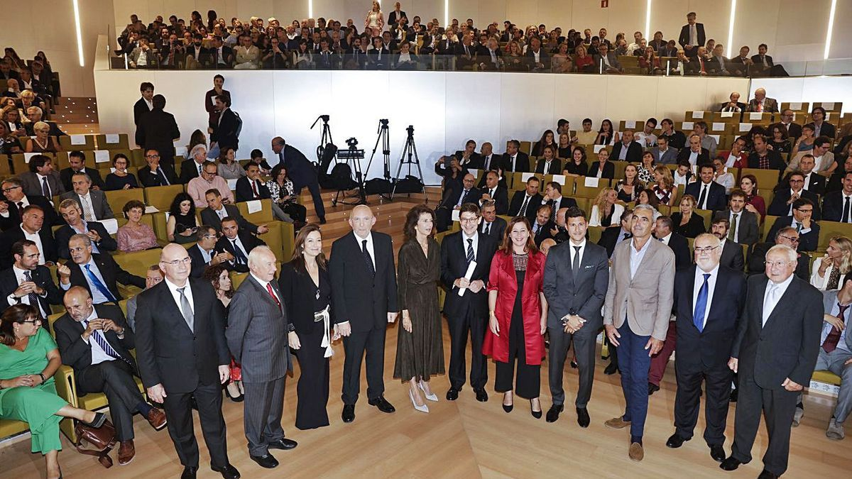 Imagen de una de las celebraciones de la 'Gala del Empresario' organizada por CAEB. | M. MIELNIEZUK