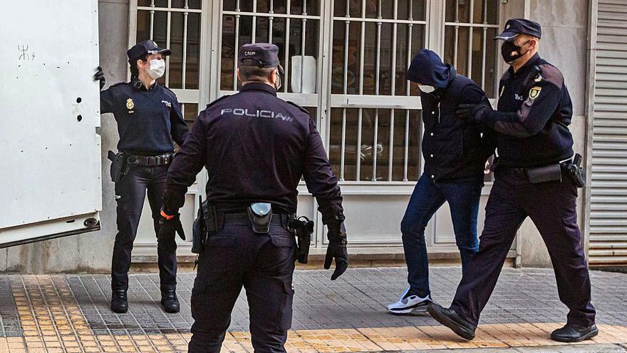 La red de blanqueo de las mafias rusas buscaba infiltrarse en las instituciones