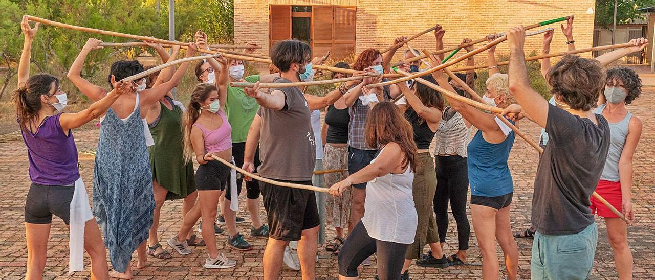 Una de las actividades realizadas en la Casa Penya. | AGRÓ