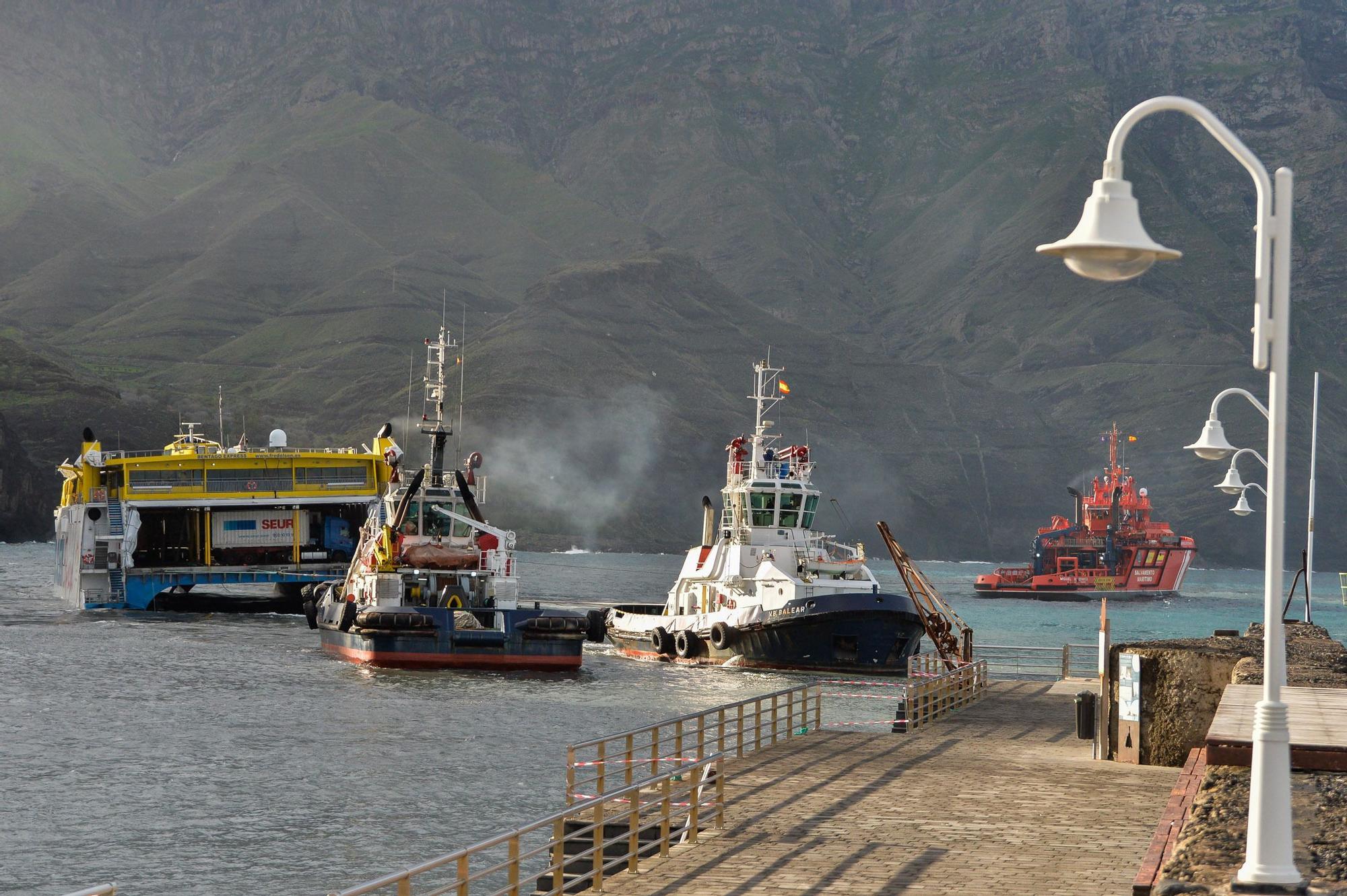 Nuevo intento infructuoso para desencallar el ferry en Agaete
