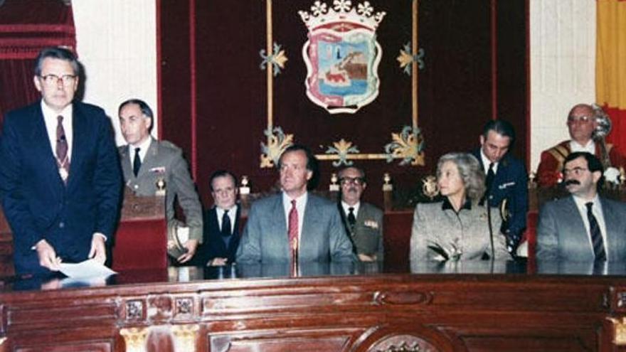 Adelante pide la retirada de la Medalla de Oro y del título de Hijo Adoptivo de Málaga concedido a Juan Carlos I
