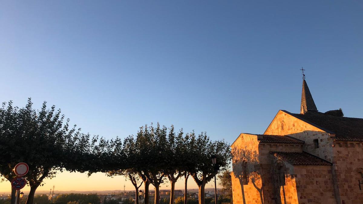 Cielos despejados en el mirador de San Cipriano a primera hora de esta mañana.