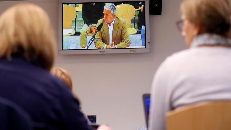 Crespo confirma la financiación ilegal del PP y gestiones con Camps y Alberto Fabra