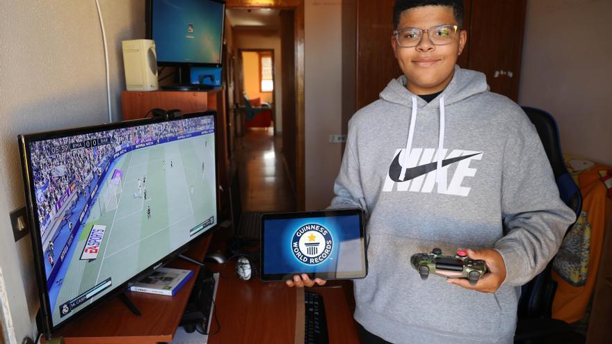 El récord Guinness logrado por un joven vigués: 50 horas jugando al FIFA