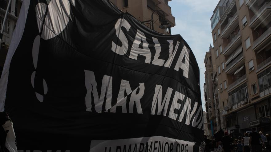 La protesta por el Mar Menor reúne a 185 colectivos este jueves en Murcia