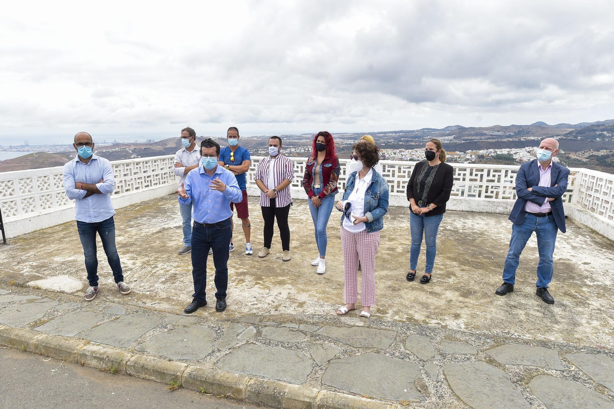 Presentación de las obras para la reapertura del mirador de la Montaña de Arucas