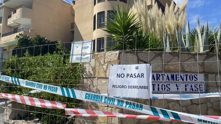 Padre y pareja de los fallecidos en Peñíscola: «Cuando me enteré del derrumbe llamé, pero nadie me respondía»