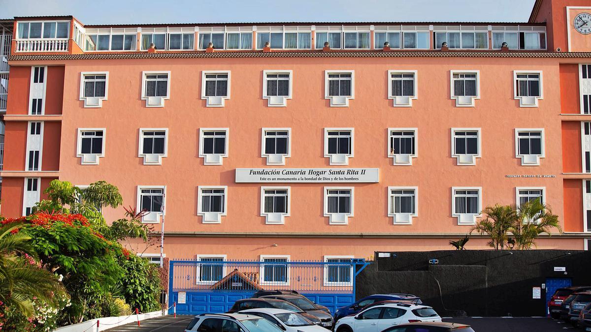 El Hogar Santa Rita acoge en la actualidad a casi 600 mayores en sus instalaciones de Las Dehesas, en Puerto de la Cruz.