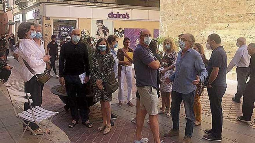 Exigen la retirada de la modificación del decreto de artistas callejeros