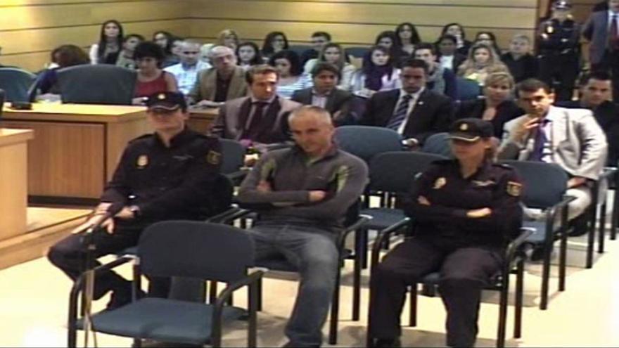 Los rescoldos de ETA: 187 presos, 50 fugados y medio arsenal perdido