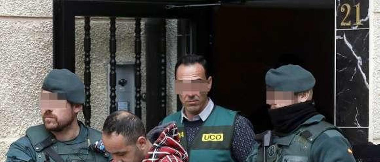 Djilali Benatia, tras ser detenido en Bilbao.
