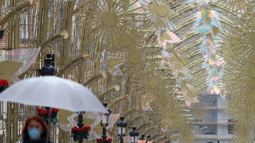 Málaga ilumina desde este viernes sus calles de Navidad