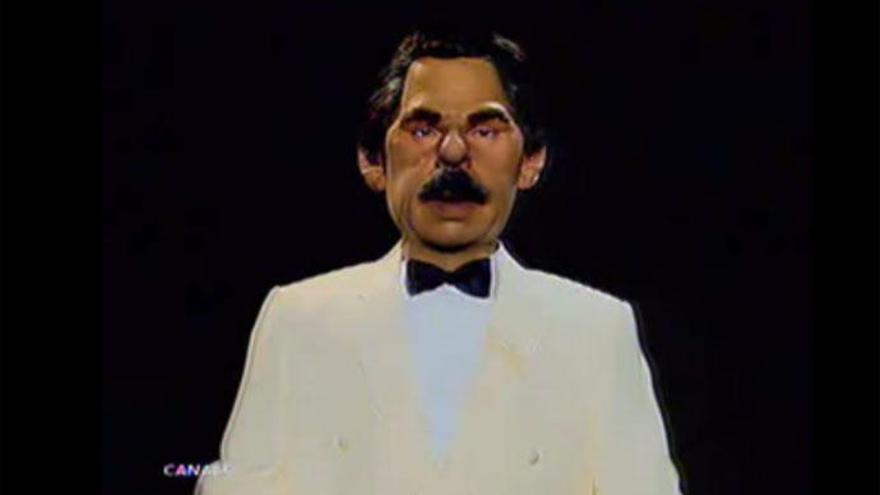 El guiñol de José María Aznar, a la venta por 13.000 euros