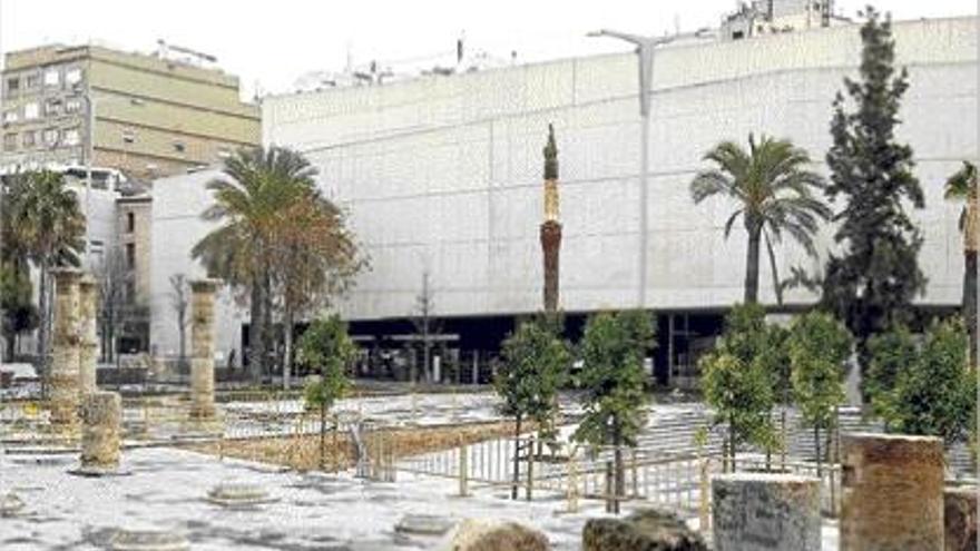 La plaza de la calle Hospital estará abierta en marzo