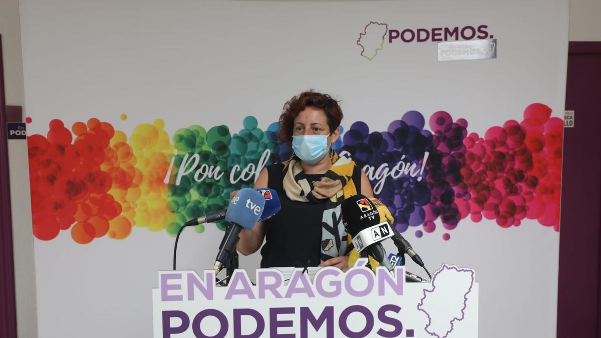 Marta de Santos, dirigente de Podemos Aragón, ha presentado este miércoles la propuesta de la formación morada para la nueva ley de Cambio Climático del Gobierno de Aragón.