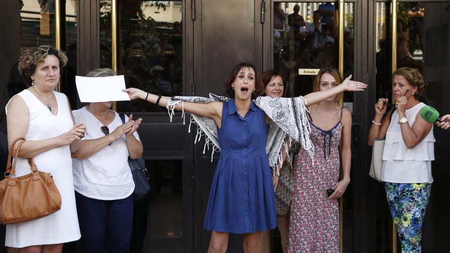 Más de 350.000 firmas piden el indulto para Juana Rivas