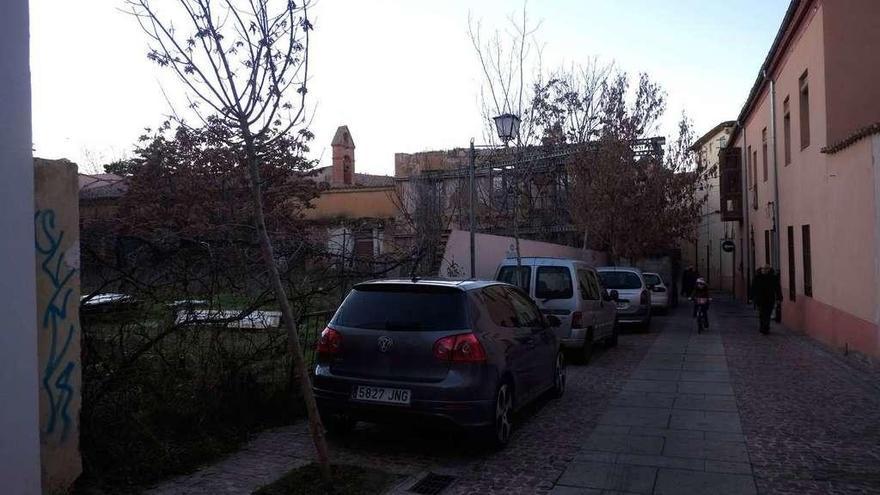 El Ayuntamiento ordena tapiar todos los solares abandonados del casco histórico