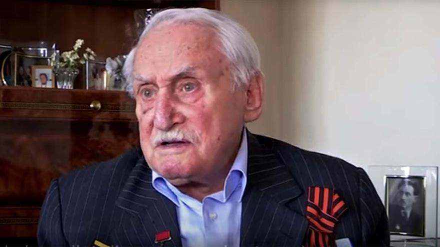 Muere el último soldado que ayudó a liberar el campo de concentración de Auschwitz