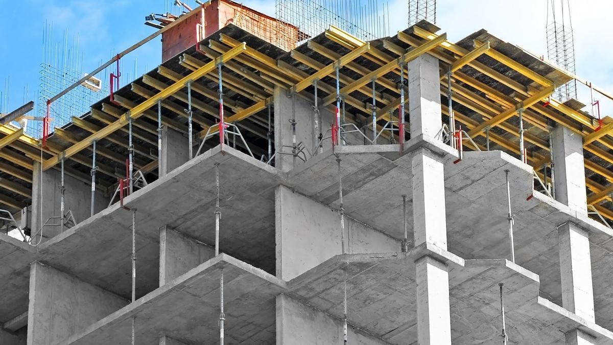 Estrutura de cemento para la construcción de un edificio.