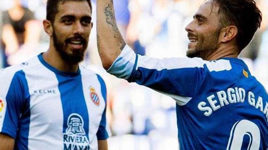El Espanyol domina y se lleva la victoria
