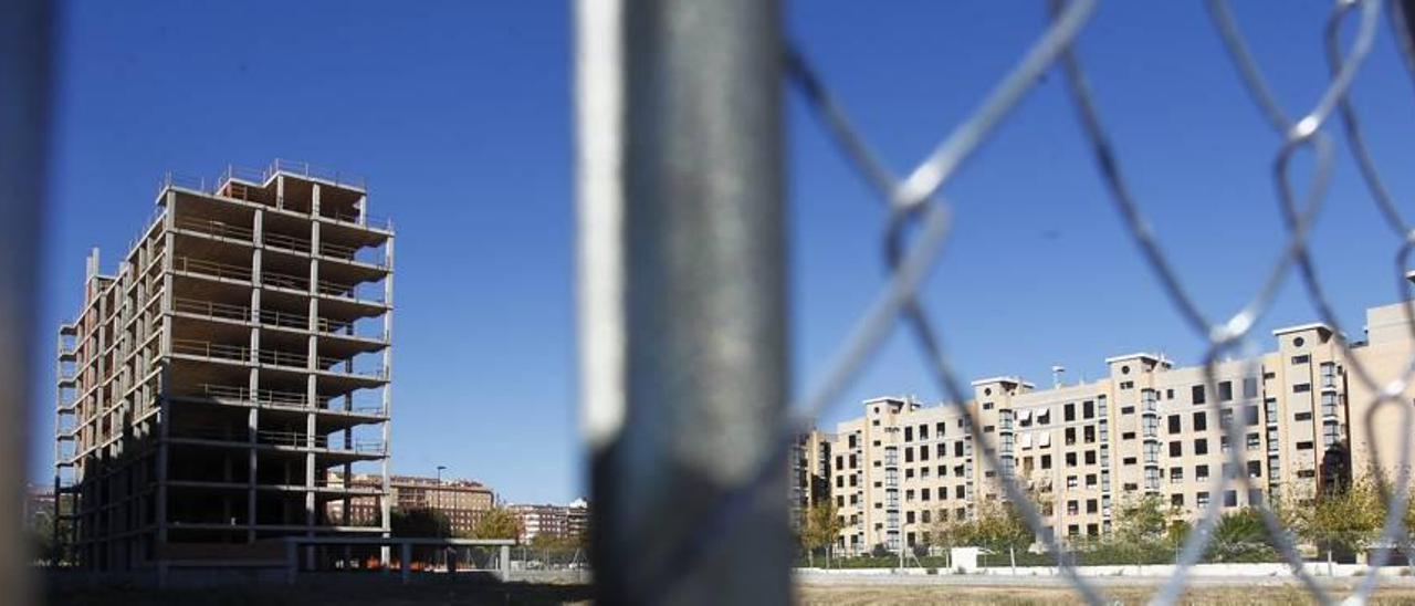 Solares sin urbanizar en el barrio de Sensal de Castelló.