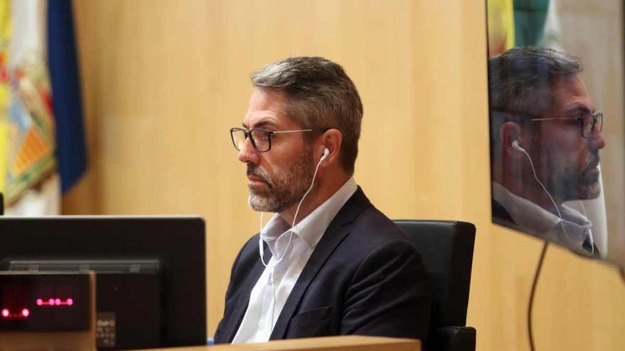 La Diputación incorpora a Juan Cassá con el voto en contra de Ciudadanos