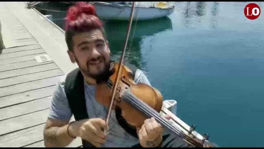 """Strad: """"No concibo un día sin subirme al escenario, soy adicto a la música"""""""