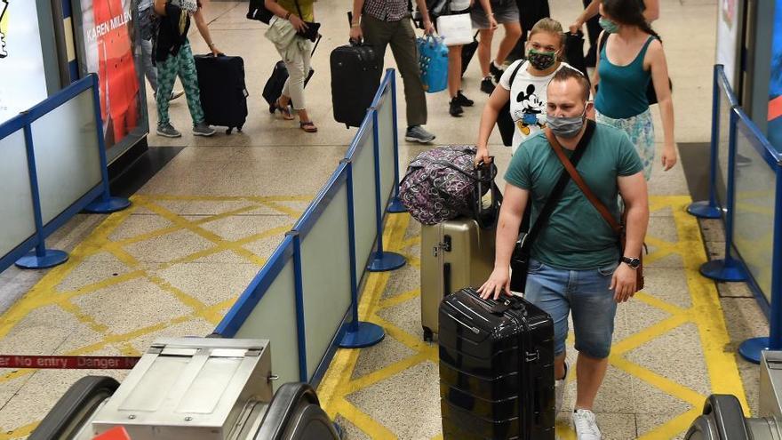 El R.Unido avisa a los turistas de más alteraciones de viajes