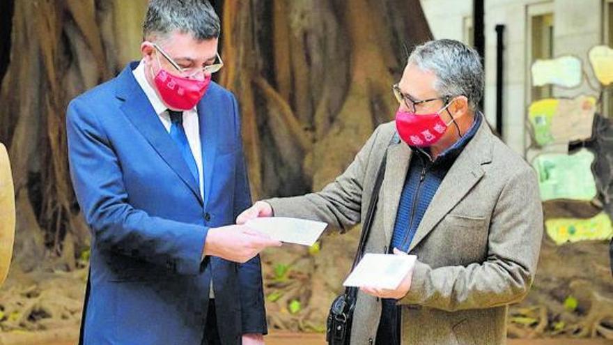 El síndic pide al Botànic realismo en el gasto y priorizar las ayudas por la crisis