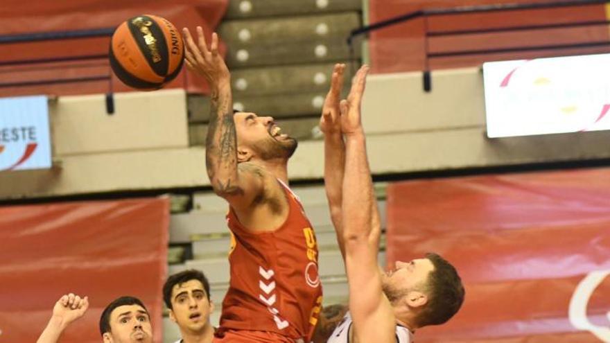 La mala defensa condena al UCAM Murcia frente al Manresa