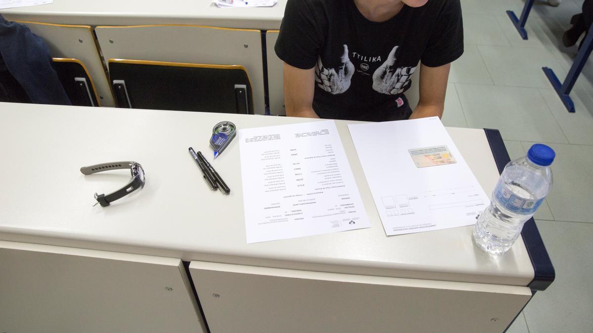 Un alumno, ante un examen