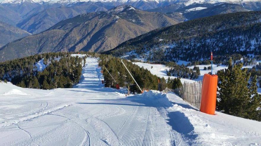 Mor un esquiador després de xocar amb un paravent de l'estació d'esquí de Port Ainé