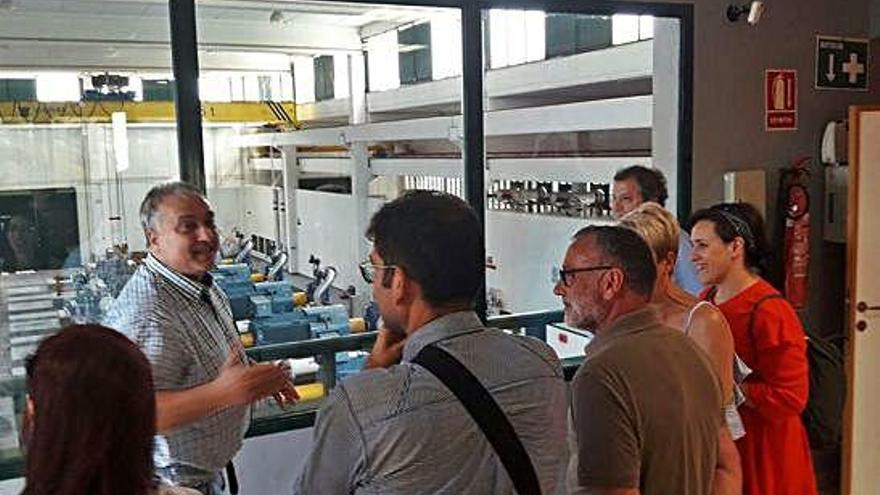 Cambre concretará con sus auditores y con A Coruña la creación de la empresa de agua