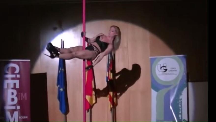 """Bonrepòs pedirá el guión de las galas de las asociaciones tras la actuación de una """"pole dancer"""" en el ayuntamiento"""