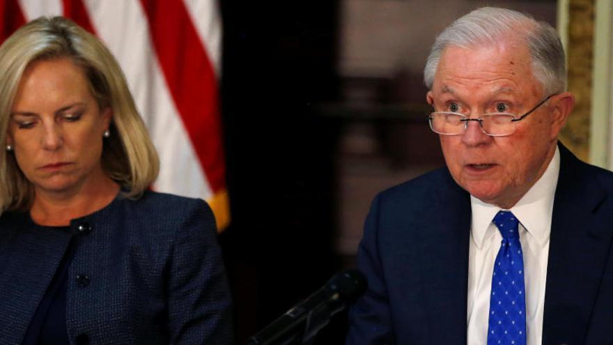 El fiscal general de Estados Unidos advierte de que perseguirá las armas 3D