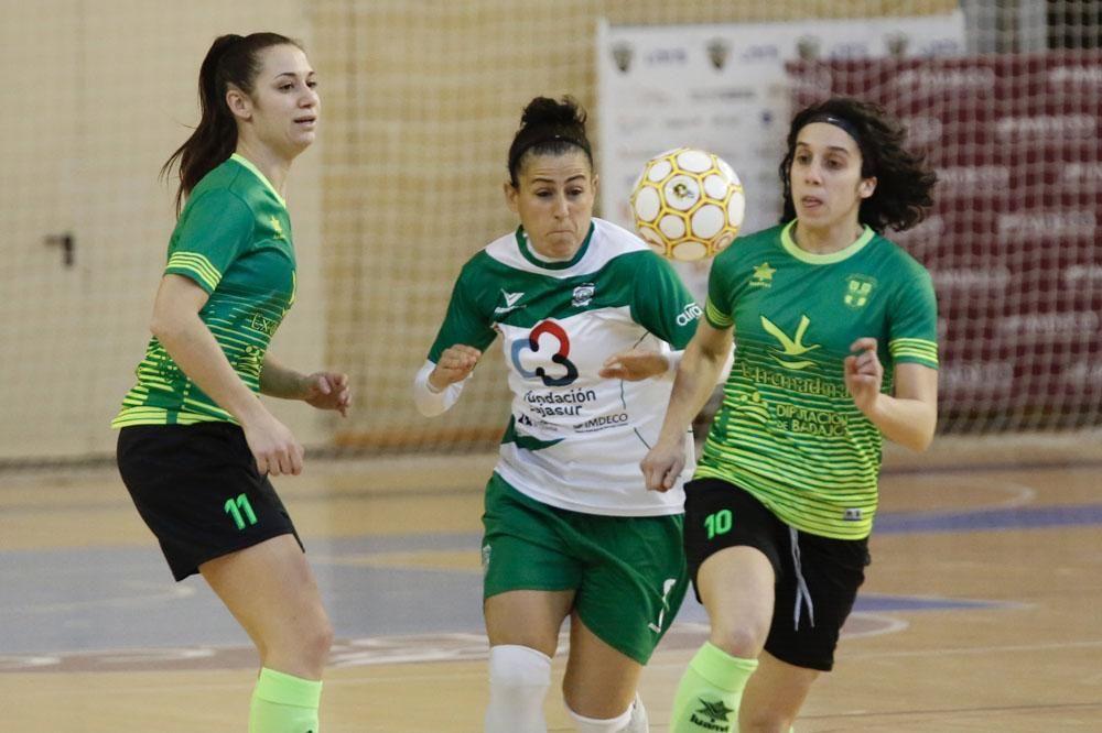 En imágenes el Deportivo Córdoba futsal UD La Cruz