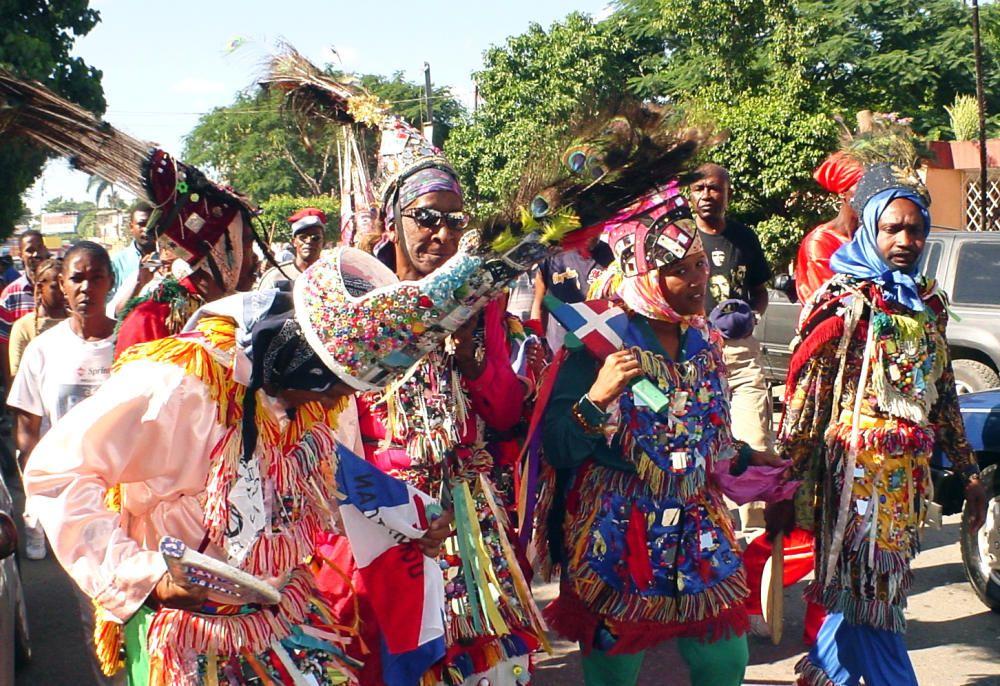 República Dominicana - La tradicion del teatro bailado Cocolo.