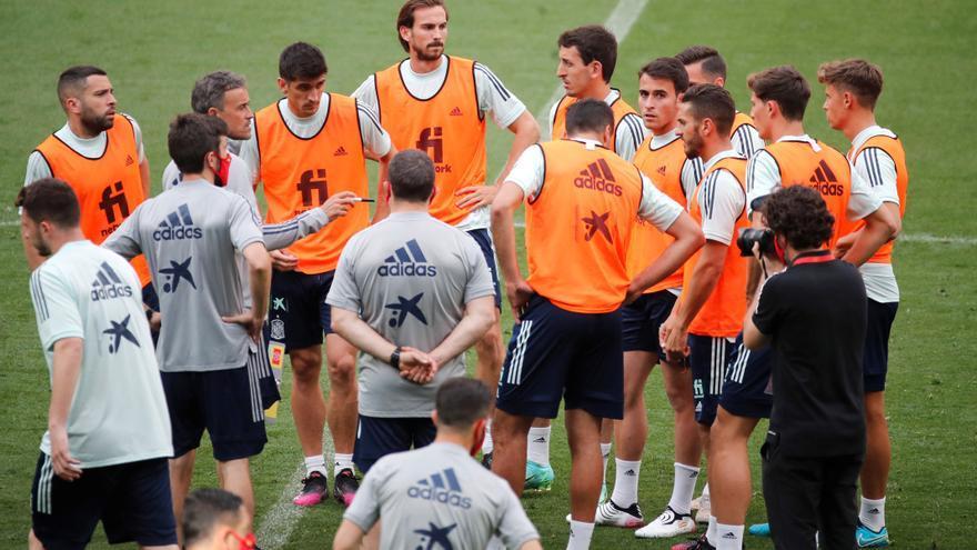 Sesión de vídeo para la selección horas antes del amistoso contra Portugal